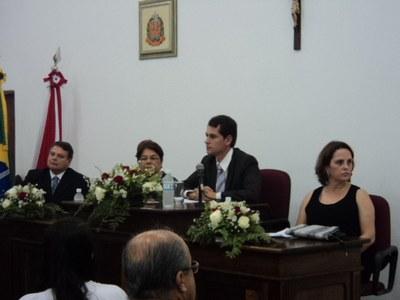 Sr. Aderbal, Prefeita Dona Déa, Presidente Ezigomar e Sra. Maria Cármen