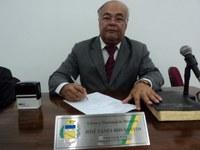 Pastor José Fanes solicita ao Executivo Projeto de Lei que priorize compras e serviços no município