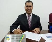Vereador Cleiton solicita instalação de ala particular e gestões para instalação de UPA no Pronto Socorro